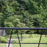 山崎蒸留所の庭